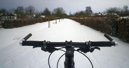 1301 Nodwest Schnee