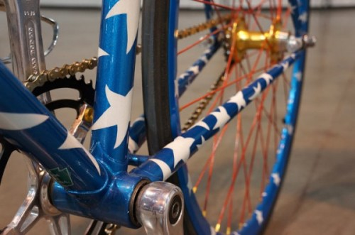 Bilenky-Wonder-Woman-steel-track-bike07-600x398
