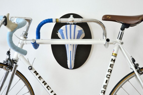 hunting-trophy-made-from-recycled-bicycle-parts-2