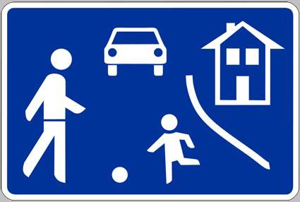 spielstrasse-blau1
