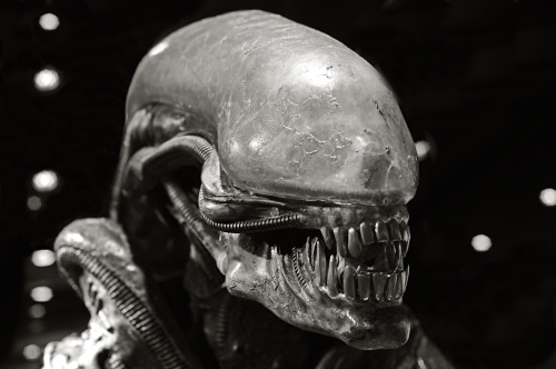 Alien_by_Giger_sw_ESK_2066