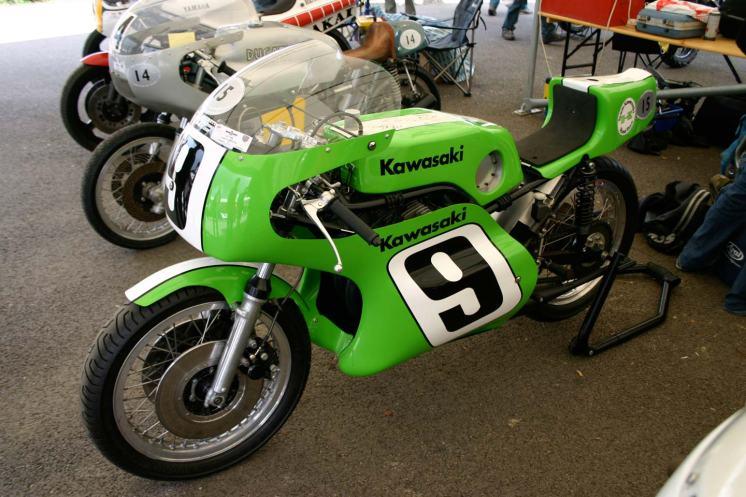 classic_racer_kawasaki_350