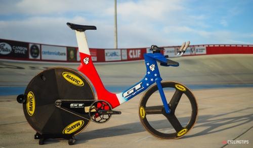 GT-Superbike-2-1