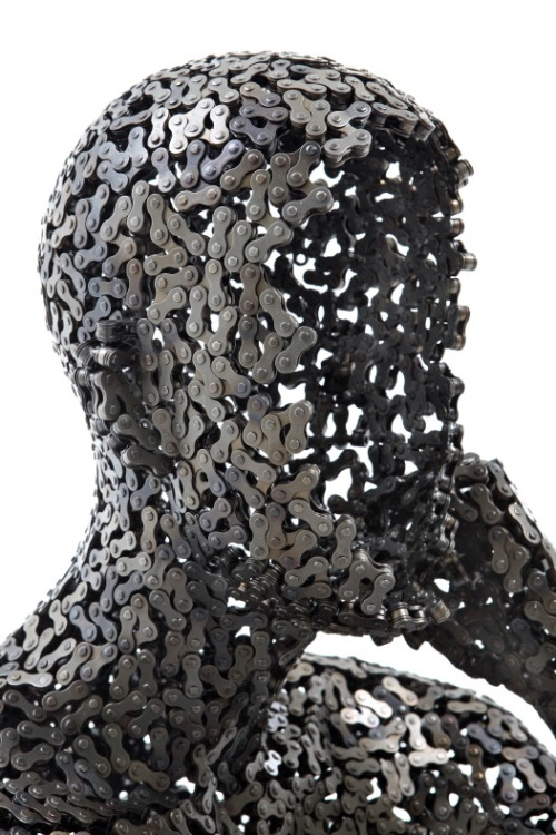 Young-Deok-Seo_chain-sculpture_Meditation-19-head-detail