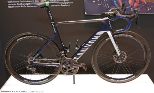 canyon_aeroad-cf-slx-disc_carbon-lightweight-disc-brake-aero-aerodynamic-road-race-bike_movistar-pro-team_complete-600x365
