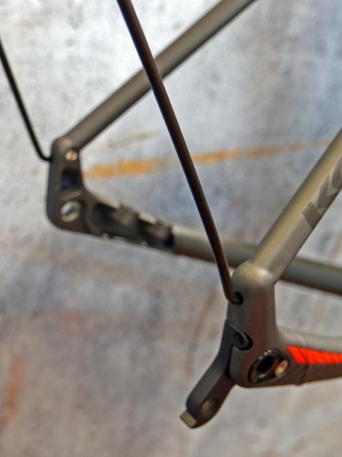 koga_colmaro_aluminum-disc-brake-endurance-gravel-road-race-bike-prototype_fender-stays