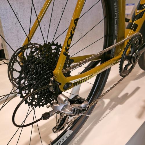 koga_colmaro_aluminum-disc-brake-endurance-gravel-road-race-bike-prototype_gravel-racer_rear-dropout