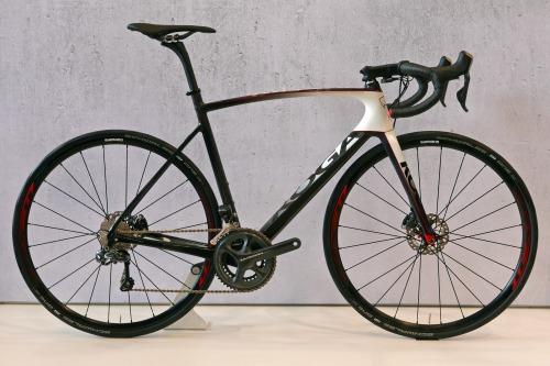 koga_kimera-road-premium-disc_carbon-disc-brake-road-race-bike_complete