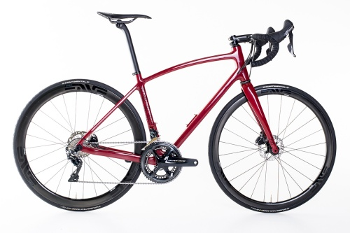 plane-frameworks-custom-carbon-road-1