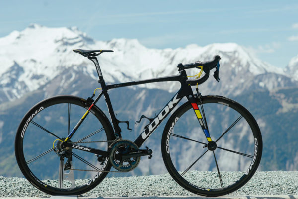 2018-LOOK-785-HUEZ-RS-lightweight-climbing-road-bike-5-600x401