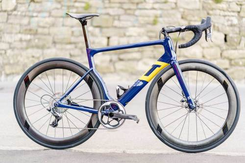 Aqua-Blue-3T-Strada-1x-road-bike-for-pro-racing-4