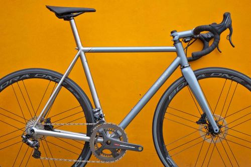 Stelbel-Antenore-Disc_custom-XCr-stainless-steel-disc-brake-road-bike_frameset
